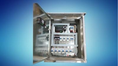 老王聊电之---路灯控制配电箱的几种方案